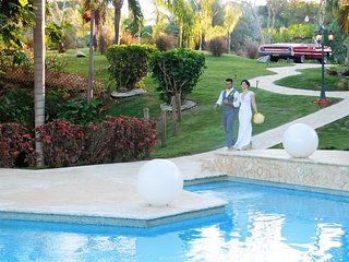 Vacation and Wedding Venue- Reception Villa - all the utilities!