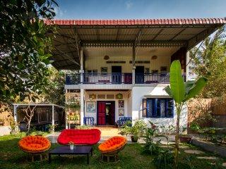 Villa Medasia- first floor with private veranda and tropical garden, Siem Reap