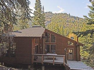Spacious, Serene Tahoe Cabin