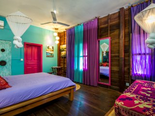 Indian room for 3 pax, with private veranda and tropical garden in Siem Reap