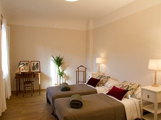 Casa Santa Maria, two bedrooms, 4 persons in the center of Florence.