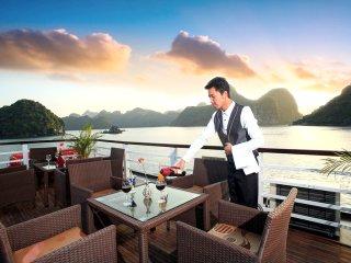 Halong Bay Galaxy Cruise