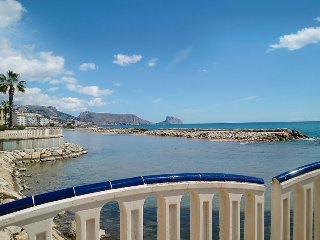 Luxury 2 bedroom apartment in Altea | 2 bath | airco | wifi | great pool | views