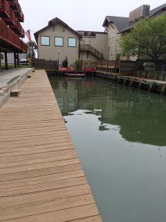 Another view of the canal right behind building, convenient for tying up your boat or launch kayaks