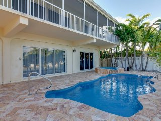 Lovely canal-front home w/ shared pool, hot tub - ocean nearby