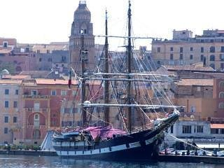 This is one of the many old sea boats that choose the port of Gaeta as a stop of their seafaring