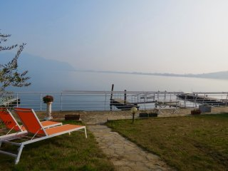 Villa Anastasye - Your Lakefront Vacantion Rentals