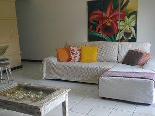 """Apartamento 2Quartos 6Pax a metros da praia em Arraial D""""Ajuda"""