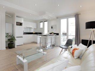 Bel Appartement à 50 m de la mer et du Vieil ANTIBES, Juan-les-Pins
