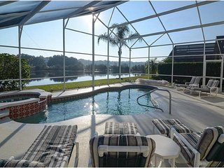 STUNNING 6 BEDROOM VACATION VILLA , POOL, GAME ROOM, TERRACE, LAKE VIEW, DISNEY