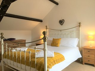 Romantic Rural Retreat....The Mill at Stoneleigh Knowle Estate, Bude