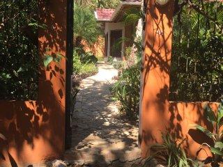 """Samara's hidden villa """"Casa Verano"""", Playa Samara"""