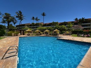 Kaanapali Royal G102- Remodeled 2 BR, Steps To The Pool & Walk To The Beach!!