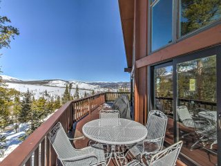 Lovely 5BR Breckenridge Chalet on Breck's Peak 7!
