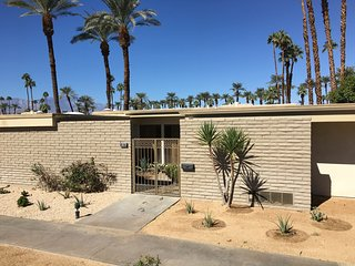 Mid-Century Jewel in Indian Wells