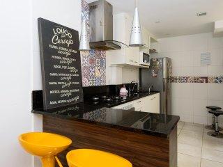 2 Quartos com Cozinha Gourmet em Copacabana ML-905