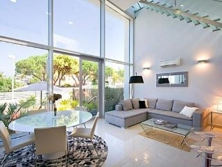DETACHED HOUSE WITH STUNNING VIEWS OVER DENIA. WIFI. JACUZZI. REF: MIRAMONTGO 09