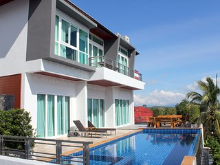 Brand New Luxury Pool Villa Near Beach -