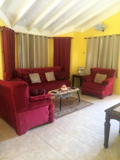 Home Sweet Getaway...comfortable living space