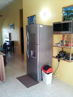Home Sweet Getaway...microwave, pressure cooker, rice cooker, deep fryer, coffee maker, fruit juicer
