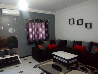 Nouveau Akid Lotfi ! joli appartement à louer, Oran