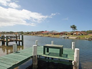 Waterfront for the whole family, Sussex Inlet