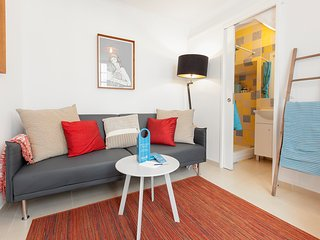 Lisbon Holiday Apartment 26930
