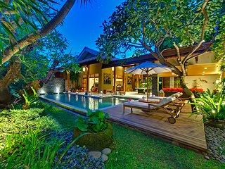 3 Bedrooms Private Villa Seminyak 45% OFF