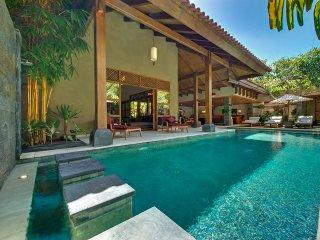 65% OFF Fancy 4 Bedrooms Private Villa Seminyak