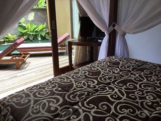 NEW! Candra Loka Private Pool Villa, 2BR, 2BA, LR, Kitchen, Free shuttle to Ubud