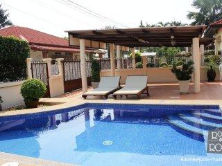 Villas for rent in Hua Hin: V5271