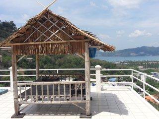 FANTASTIC SEA VIEW VILLA PATONG, Patong