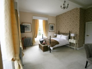 Bardney Hall - B&B Gold Room, Barton-upon-Humber
