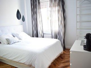 Madrid Suites Gran Via Silver room