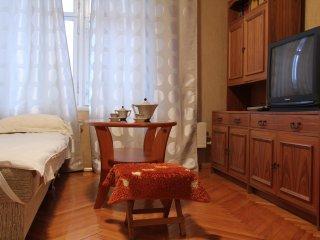 Octyabrskaya - Shabolovskaya apartment, Moscow