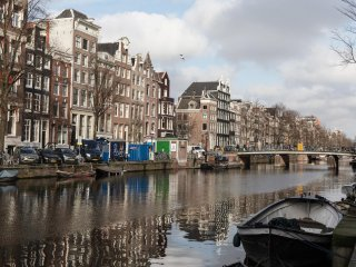 Huge Luxury Design Canal Apartment 1BR 90m2, Amsterdam
