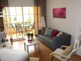 Andaluz Apartments - TOR02 - Nerja centre - beach 75 mtr - Wifi - 2 beds - tv