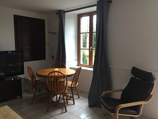 Beautiful three bed Gite with large gardens only 15 min walk into Percy.