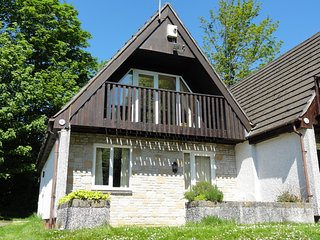 Park View Lodge, Tamar Valley sleep 6 + 2 + cot + 2 dogs,  leisure facilities., Callington
