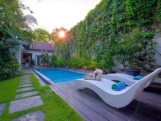 2 BR Luxury Garden Pool Villa Enjoy Seminyak Bali