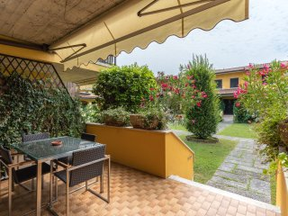 Casa ARENA- lake on foot - Swimming pool - Garden - FAMILY PARADISE, Sirmione