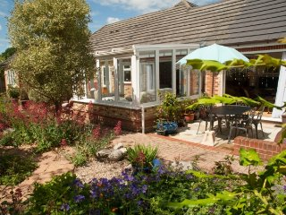 Wenceslas, pretty single storey home, 4 bedrooms, near Henley on Thames.