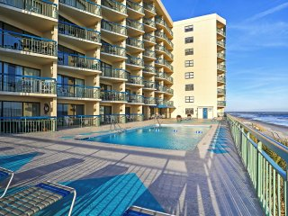 North Myrtle Resort Condo- Just Steps to Beach