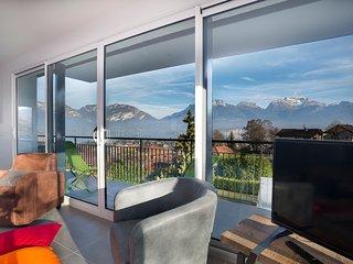 Appartement Tournette avec grande terrasse et vue sur le lac et les montagnes, Sevrier