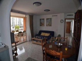 Precioso apartamento 2 dorm entre las dos playas y cercano al puerto con vistas