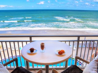 Direct Ocean Front PENTHOUSE    Stunning Views!!, Satellite Beach