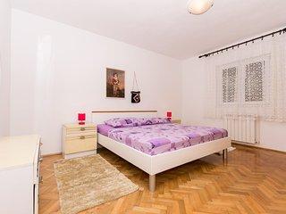 apartmani grabo, Okrug Gornji