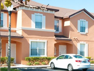 Regal Resort 4 Bedroom 3 Bathroom Townhouse