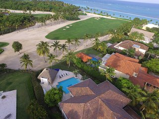 Golf front & ocean view- 200yards from White Beach