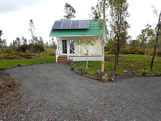 Big Island, Tiny House
